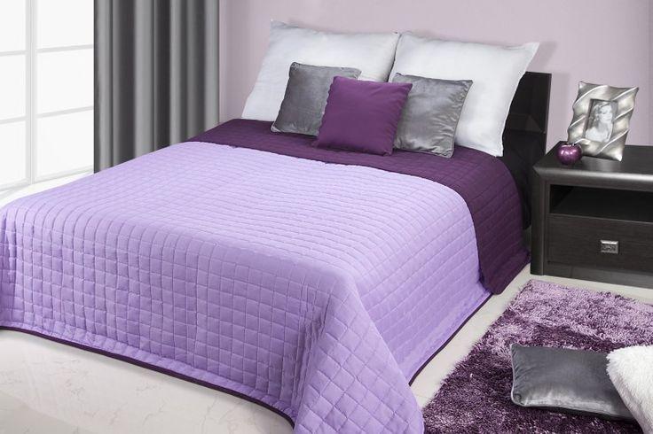 Narzuty dwustronne na łóżko w kolorze fioletowo wrzosowym