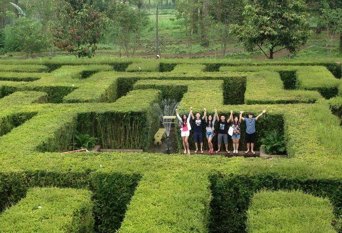 Taman Labirin di Coban Rondo, Malang, Jawa Timur