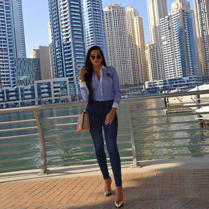 """OOTD  #ootd #me #picoftheday #fashion #blue #jeans #gap #heels #dune #shirt #tommyhilfiger #like #bag #charlesandkeith #dubai #mydubai #towers #marina…"""