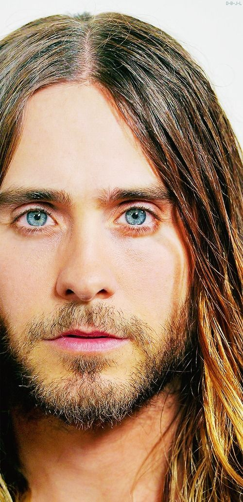 WOOOOW.....HELLO JARED