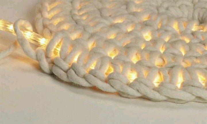 Crochet around rope lights to make mat
