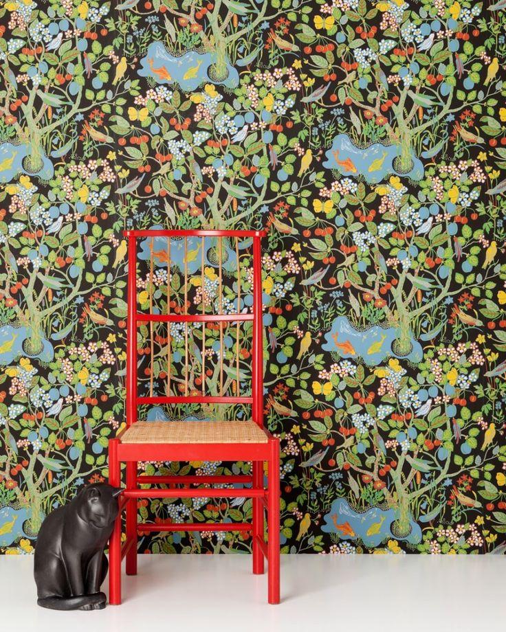 Paradiset pattern wallpaper, designed 1940s by Josef Frank