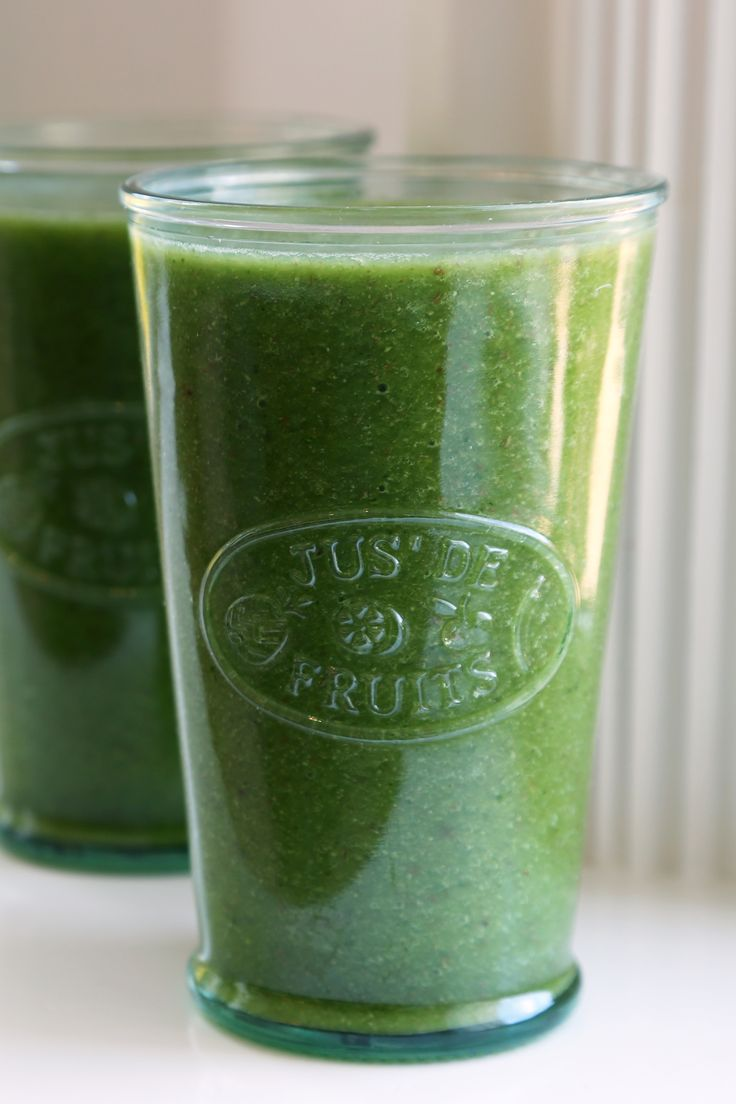 """Cantaloupe, kale, and ginger smoothie. Naturally sweet and ideal for the person who can't stand the """"grassy"""" flavor of greens."""