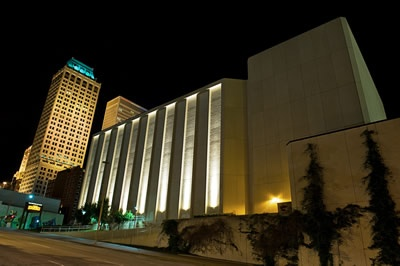 See a performance at the Tulsa Performing Arts Center.