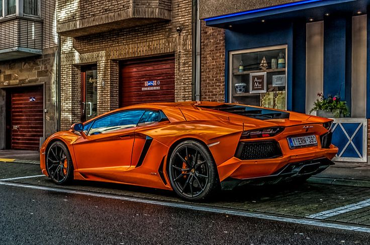 9 Interesting Lamborghini Facts. - Random Facts