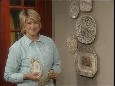 How to Hang Decorative Plates  sc 1 st  Pinterest & 31 best Decorating with Plates images on Pinterest | Hanging plates ...