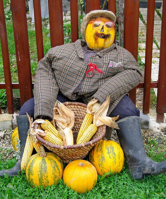fall harvest decorations outdoors cutare google - Fall Harvest Decor