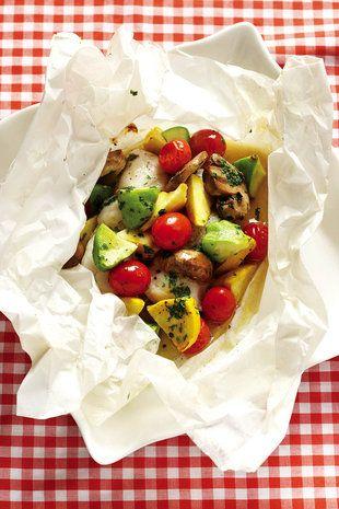 Vis-en-groente-gebak in papier