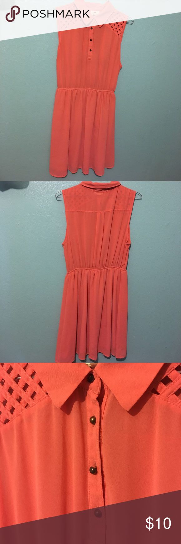 Salmon Color Collar Dress, Size M/L I wear it as a baggy M, in good condition one clothing Dresses