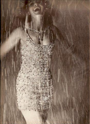 Melina Mercouri by Bert Stern, Vogue December 1962