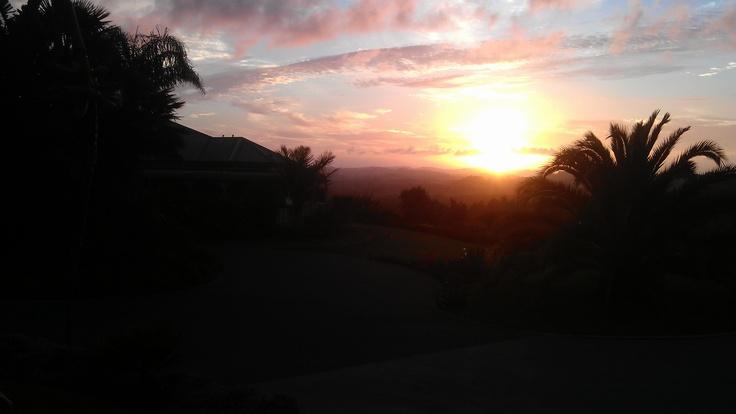 Sunrise at the Lodge for those early risers.    #matakana #sunrise