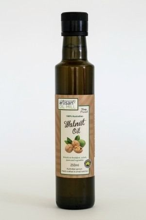 Walnut Oil..........The Artisan Oil Mill Walnut Oil is cold pressed using a 300 year old artisan extraction method, producing a strong, nutty flavour that you can enjoy over meals or as a body oil. Great for breakfasts, drizzling over salads and steamed vegetables.  Delicious in chocolate desserts and hot milk drinks. Ideal for vegetarians and vegans.