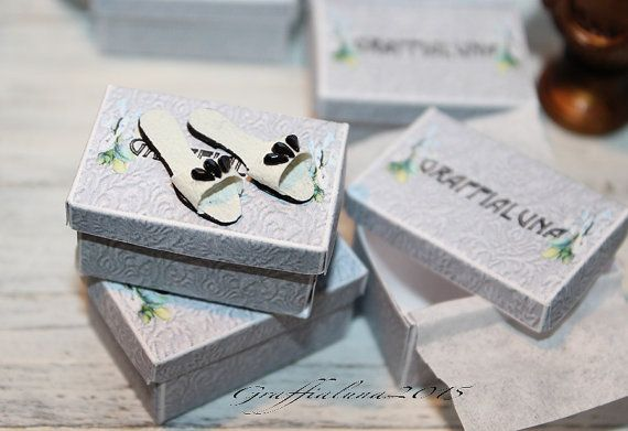 1:12 sandali piatti  in pelle bianca e cristalli neri