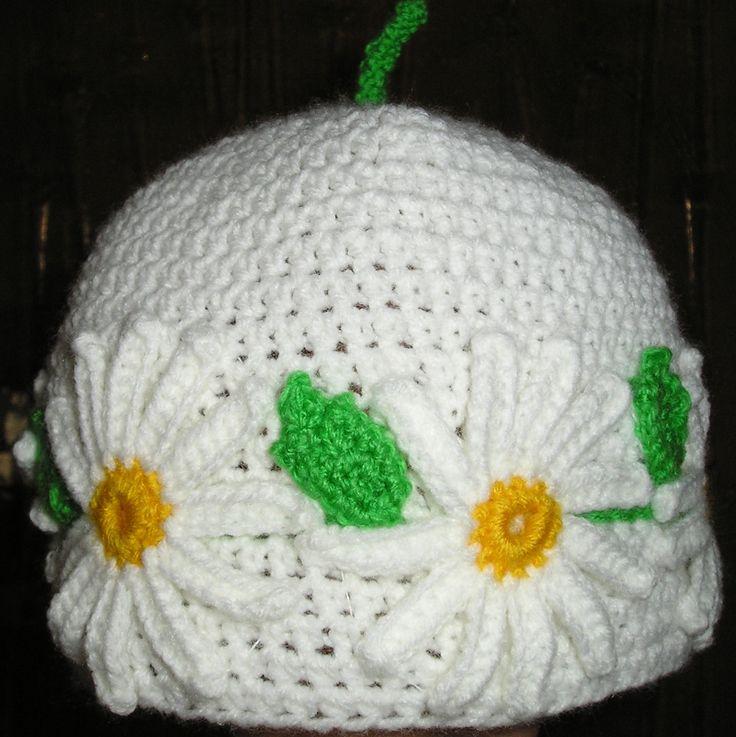 шапочка крючком,шапочка с ромашками,шапочка для малышки