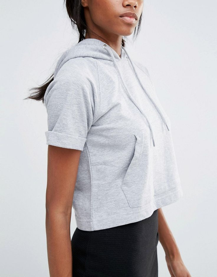 Image 3 of Missguided Pocket Front Short Sleeve Hoodie