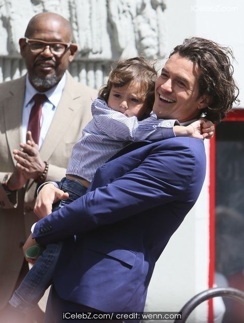 Orlando Bloom honored with a star on the Hollywood Walk of Fame http://www.icelebz.com/events/orlando_bloom_honored_with_a_star_on_the_hollywood_walk_of_fame/photo8.html