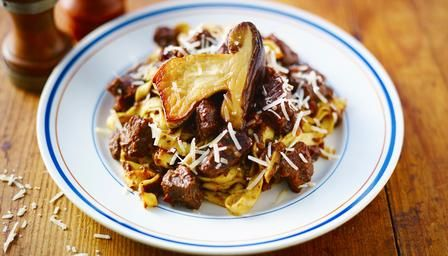 Wild boar ragù with fresh pasta - Now, where can I find some boar?!