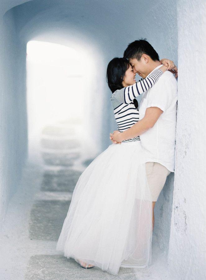 Natural + Organic Santorini Pre-Wedding Shoot: http://www.stylemepretty.com/2015/10/13/natural-organic-santorini-wedding-pre-wedding-shoot/ | Photography: Jen Huang - http://jenhuangphoto.com/