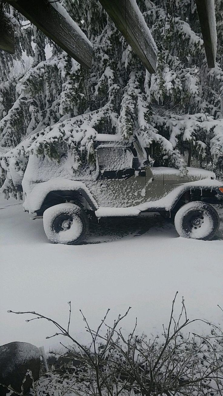 Winter decided to rear its ugly head again #jeep #jeeplife #Wrangler #jeeps #Cherokee #JeepMafia #offroad #4x4