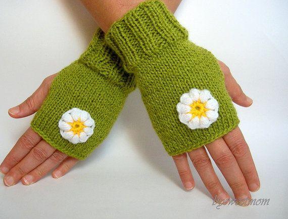 Knit Green Fingerless Gloves Crochet Flowers Daisy by bysweetmom, $25.00