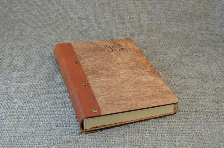 Блокнот для записей Perren. Обложка - натуральное дерево с кожаным корешком, размер М (13х19 см). Цена: 1900 руб.