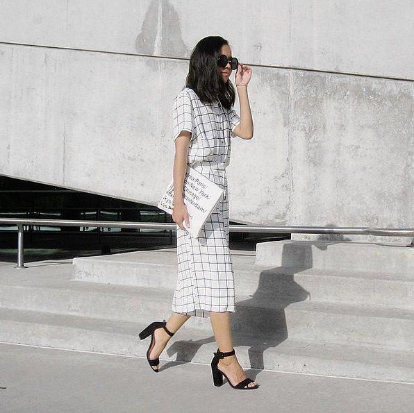 http://www.popsugar.com/fashion/How-Dress-Like-New-Yorker-38161385?crlt.pid=camp.U1CBx7T8d8Dd