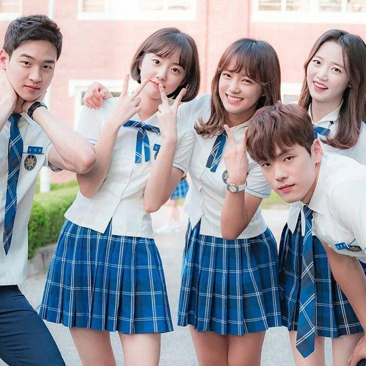 "12.2b Beğenme, 39 Yorum - Instagram'da KDRAMAS & KPOP & MORE ✨ (@k.dramaa_): ""Drama : School 2017 • • Kim Se-Jeong & Kim Jung-hyun & Jang Dong-Yoon & Park Se-Wan & Han Bo-Bae •…"""