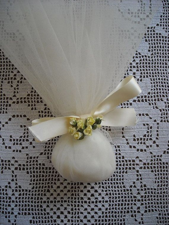 Bouquet and tulle wedding or bridal shower by FavorsAndMorebyFiona, $3.50