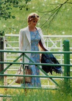 Princess Diana so lovely ...