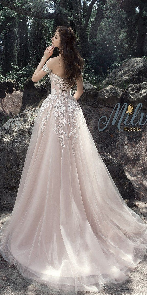Best 25 fairy wedding dress ideas on pinterest woodland for Fairytale inspired wedding dresses