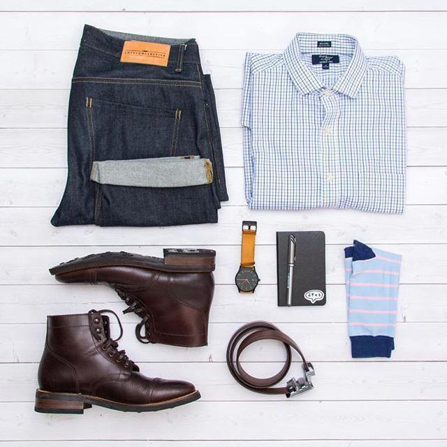 @oxfordandhenley  Boots: @thursdayboots  Belt: @ansonbelt  Jeans: @loyalcollective