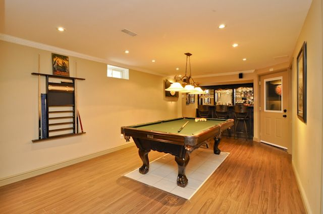 17 best images about awesome finished basement game rooms for Nice basements