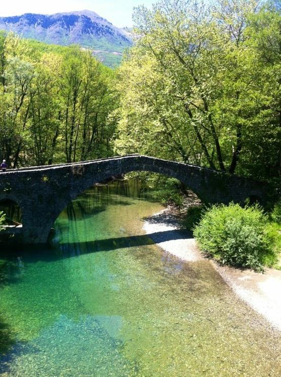 Γεφυρι στα Ζαγοροχωρια/Bridge in zagoroxoria