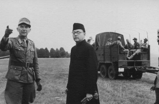 One of the rarest of rare pics ever captured. Field Marshall General Erwin Rommel of Axis forces with Subhash Chandra Bose (the then British India) at the Western Front.