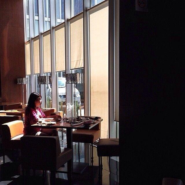 shot by @indramita taken at Novotel Bandung -------- Hotel Novotel Bandung berlokasi di pusat kota Bandung yang sangat dekat dengan pusat perbelanjaan utama dan tempat hiburan seperti The SquareMonumen Perjuangan dan Museum Geologi Bandung yang hanya berjarak 3 km dari Hotel ini.Hotel Novotel Bandung ini dapat ditempuh selama waktu 20 menit perjalanan dari Bandara Husein Sastranegara dan Stasiun Kereta Api. Hotel bintang 4 di Bandung ini memiliki 156 kamarsemua kamar dilengkapi dengan…