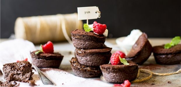 Low carb chocolate and almond custard tartlets | Food24