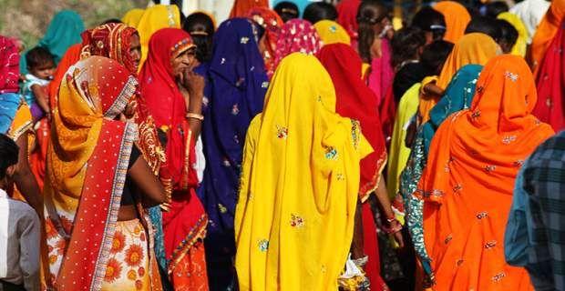 Οι νοικοκυρές στην Ινδία αυτοκτονούν, αλλά δε γίνονται «είδηση»
