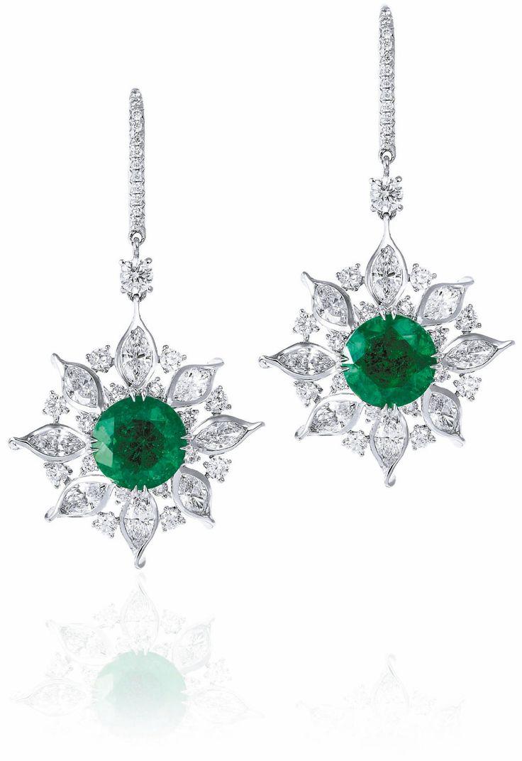 Emerald and Diamond Earing