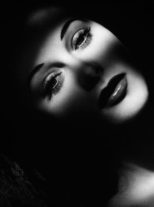 Vintage | Tumblr Hedy Lamarr by Laszlo Willinger, 1940