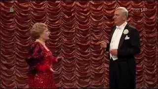 karski teatr telewizji - YouTube