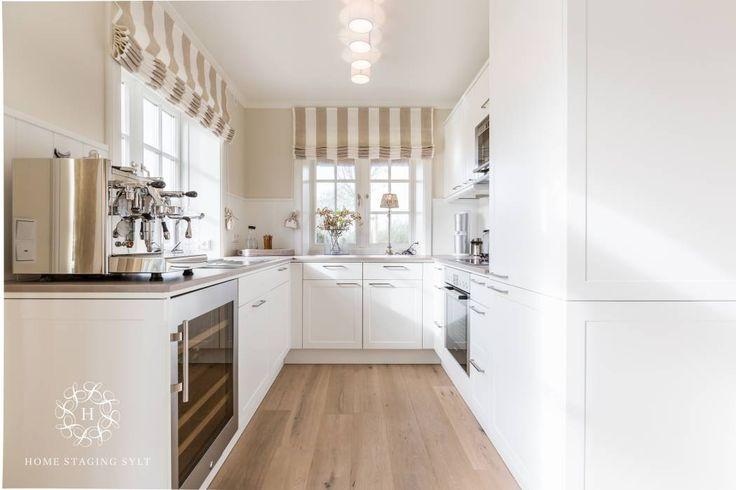 Design Reetdach Neubau: landhausstil Küche von Home Staging Sylt