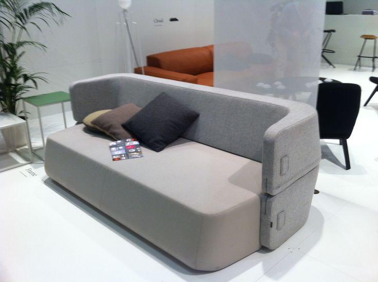 49 best meubles et objets images on pinterest furniture condos and low tables. Black Bedroom Furniture Sets. Home Design Ideas