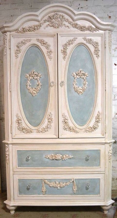 129 best images about french provincial style furniture on for Style shabby romantique