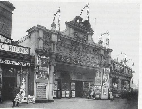 Pykes Cinematograph Theatre Finsbury Park | Old London ...