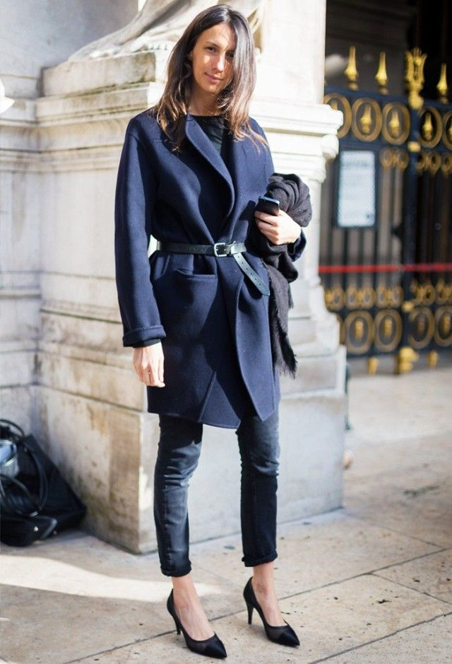Who: Geraldine Saglio What: Stylist and Vogue Paris fashion editor. Wear: Geraldine can often be seen walking at the side of her magazine's editor, Emmanuelle Alt, and the two certainly share a...
