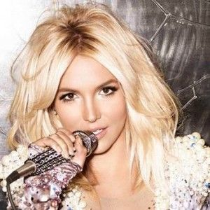 britney spears in 2015 | Britney Spears New Album 2015 Songs List stage  performance