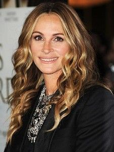 Julia Roberts Marriages, Weddings, Engagements, Divorces & Relationships - http://www.celebmarriages.com/julia-roberts-marriages-weddings-engagements-divorces-relationships/