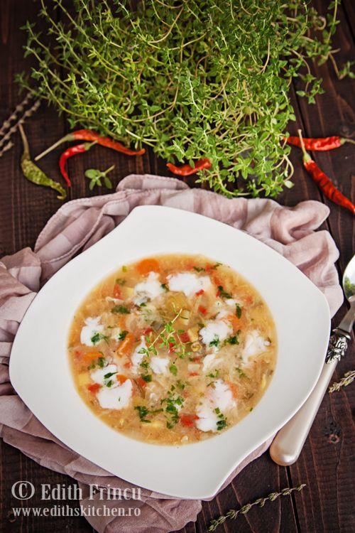 Ciorba de varza, dietetica si rapida, poate fi consumata in dieta dukan sau in zilele de post, fara iaurt.