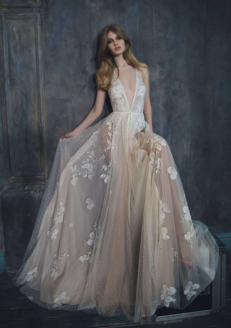 Inbal Dror Spring 2020 Bridal Fashion Week Wedding Gown Gallery Item 4 In 2020 Inbal Dror Wedding Dresses Couture Bridal Gowns Summer Wedding Dress
