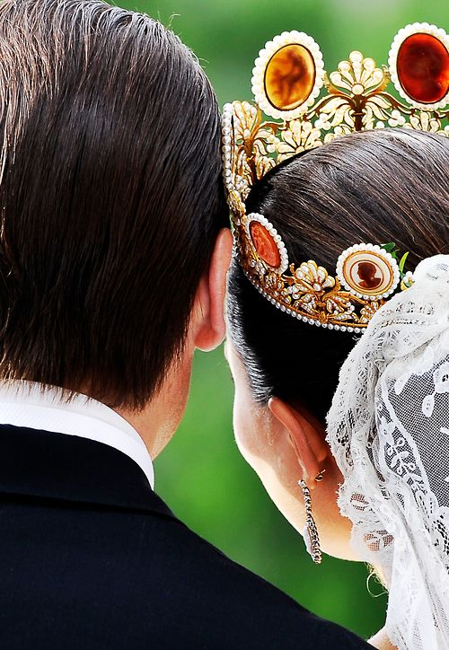 Bridal inspiration from the royal wedding of Victoria & Daniel { Stockholm, 19 June 2010 }